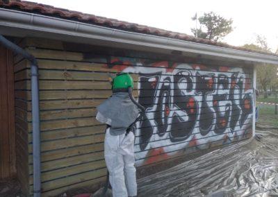 Aérogommage tags graffitis
